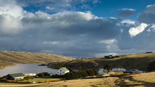 Port Howard Settlement, West Falkland, Falkland Islands.jpg