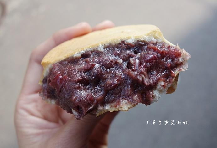 16 恬甜紅豆餅