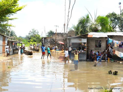 kinshasa  de nombreux sans abris  u00e0 la suite des pluies