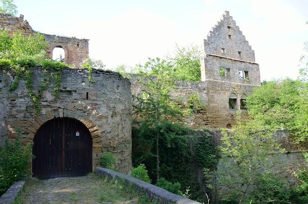 20160514_Schlossruine-Waesserndorf-01.jpg