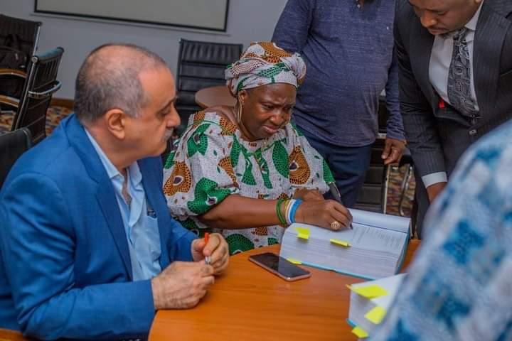 Rev Ester Ajayi Signs (MOU)For Construction Of Moses Orimolade University