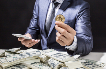 According to a CoinShares executive, hodlers sense opportunity in the Bitcoin price drop