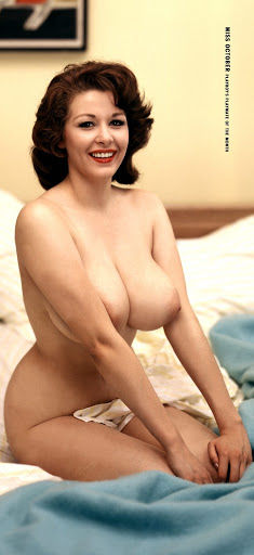 1959 10 Elaine Reynolds