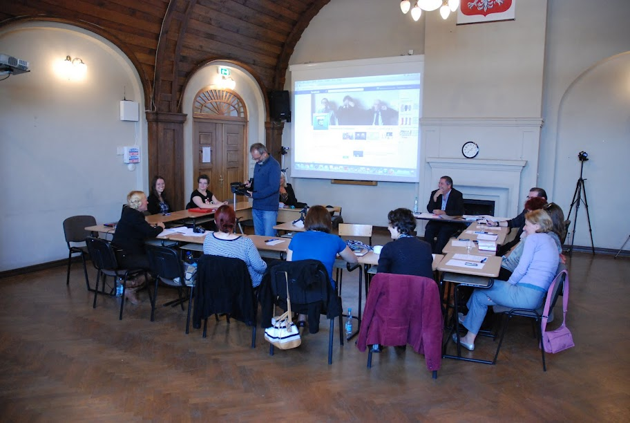 Warsztaty dla otoczenia szkoły, blok 4, 5 i 6 18-09-2012 - DSC_0492.JPG