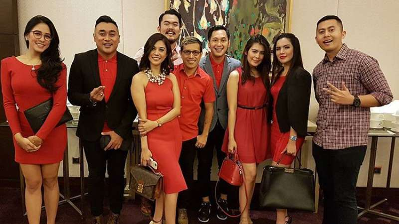 foto presenter gojek traveloka tvone