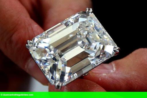 Hình 1: Đại gia bí ẩn mua viên kim cương 460 tỉ trong vòng 3 phút