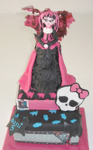 834- Monster High taart.JPG