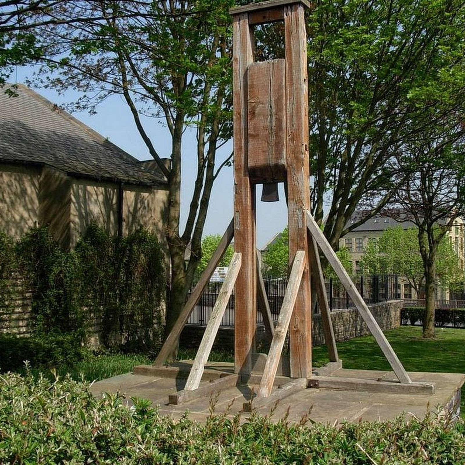 Halifax Gibbet: The Infamous Forerunner To The Guillotine