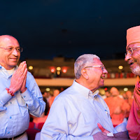 Swamiji Sahebdada Dinkar Uncle.jpg