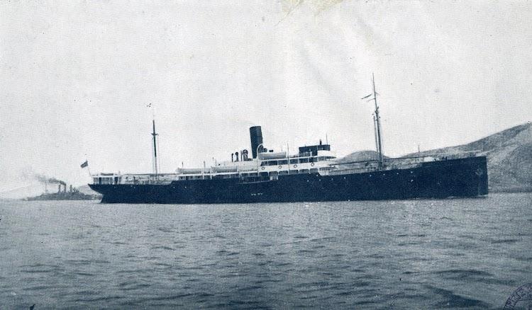 Vapor ROMEU en estado de origen. Del libro La Marina Mercante Española.JPG