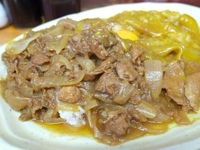 スタミナカレーの豚肉ゾーン