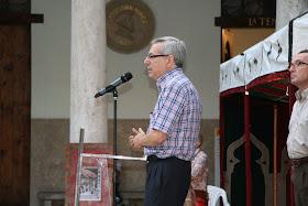 Inauguración Jaimas y Feria Intercultural a cargo de las autoridades competentes: Dr. D. Antonio Ariño Villarroya (Vicerrector de Cultura, Igualdad y Planificación de la Universitat de València).