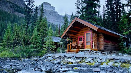 Lake O'Hara Lodge, Yoho National Park, British Columbia.jpg