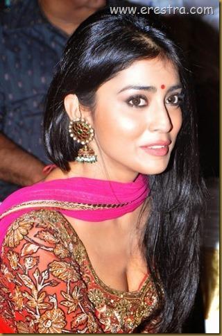 Shriya (43)