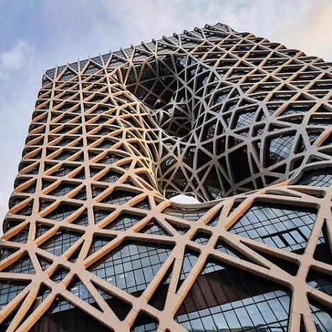 فندق مورفيوس تصميم زها حديد في الصين