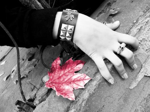 Goth Hand, Gothic Girls