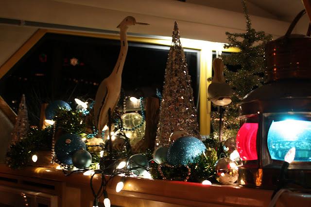 2009 Christmas Boat Parade - IMG_2704.JPG