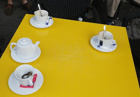...the next morning we got tea and coffee and chit-chatted for an hour, just like real Europeans!