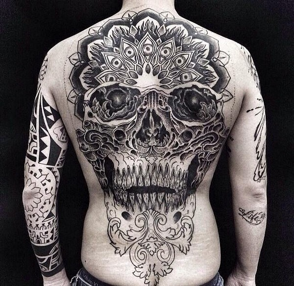 total_de_trs_do_crnio_tatuagem