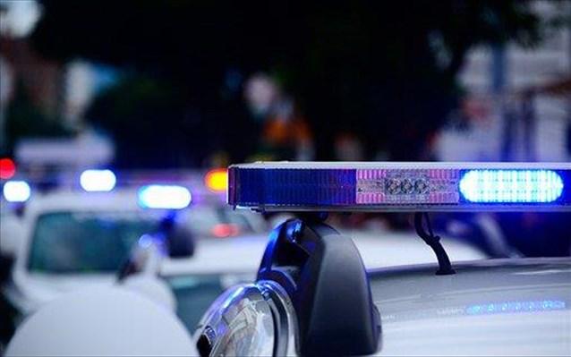 Συμμορία 10 ανηλίκων επιτίθετο με ρόπαλα και μαχαίρια στου Ζωγράφου