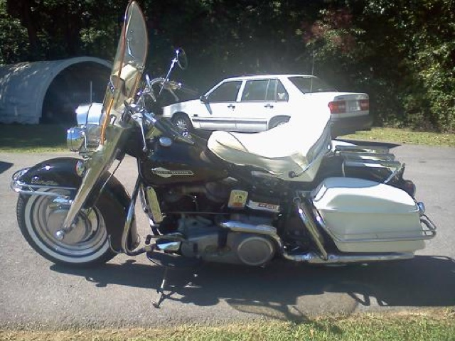 1965 Harley Panhead for Sale http://vintageharleyparts.blogspot.com/2012/10/1965-panhead-for-sale.html