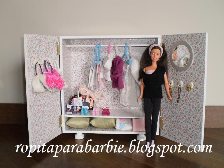 Como hacer muebles para barbies imagui for Muebles para barbie