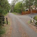 Gate on Katandra Rd (226801)