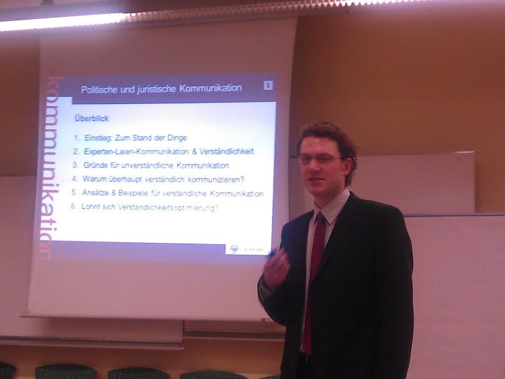 Dr. Jan Kercher von der Uni Hohenheim bei seinem Vortrag