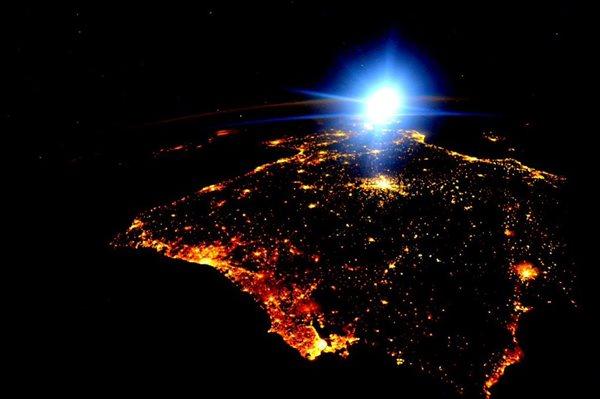 La península Ibérica desde el espacio (NASA)