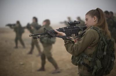 Primeiras mulheres combatentes da IDF devem cruzar as linhas inimigas e enfrentar o Hezbollah