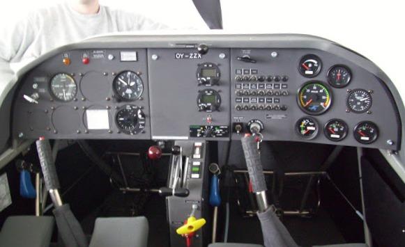 OY-ZZX for sale - Pilots%2Bwiew.jpg