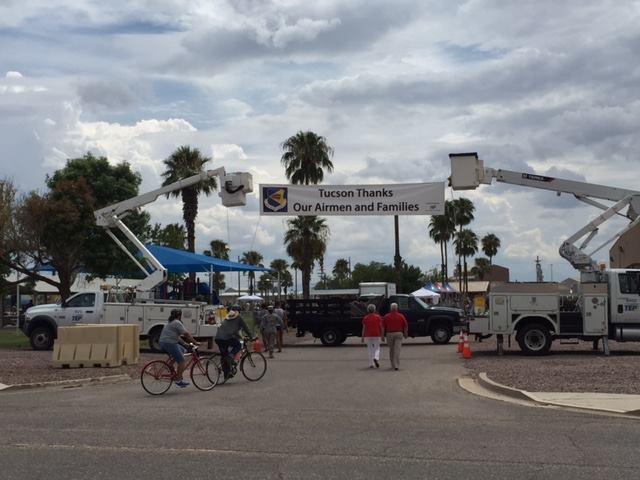 Tucson Thanks our Airmen and Families - 11954636_892091304198317_2103295664867907396_n.jpg