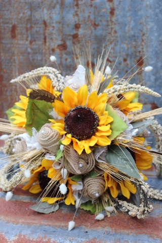 Sunflower and burlap wedding flowers