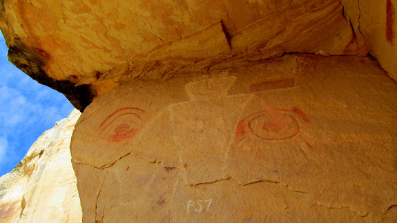 More mixed petroglyphs and pictographs