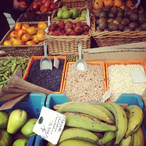Flagey market - sunday - ixelles