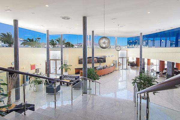 Hotel Las Costas, Av de las Playas, 88, 35510 Puerto del Carmen, Las Palmas, Spain
