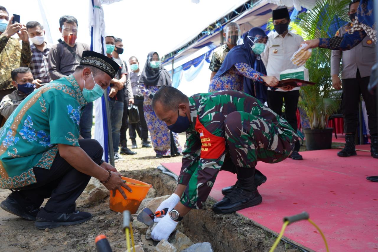 Dandim 0913/PPU Ikut Andil Dalam Peletakan Batu Pertama Pembangaunan di RSUD Ratu Aji Putri Botung
