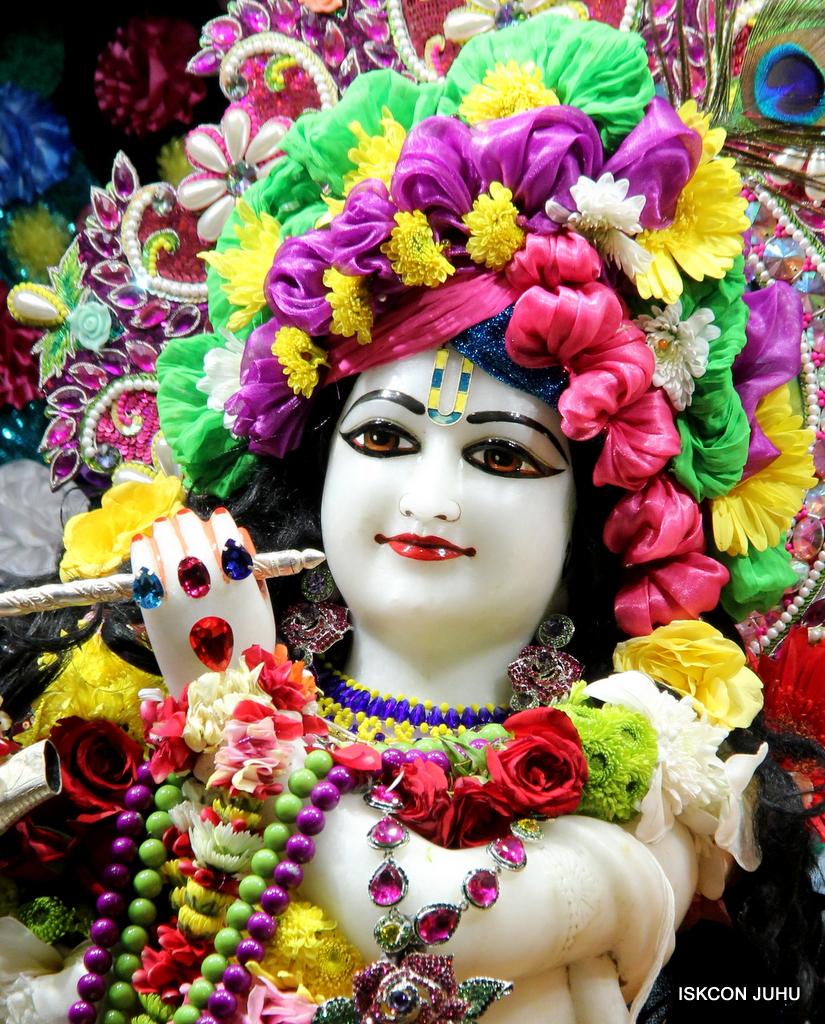 ISKCON Juhu Sringar Deity Darshan on 29th Sep 2016 (17)