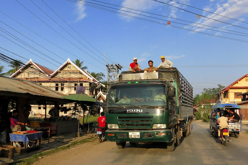 Big truck with workers