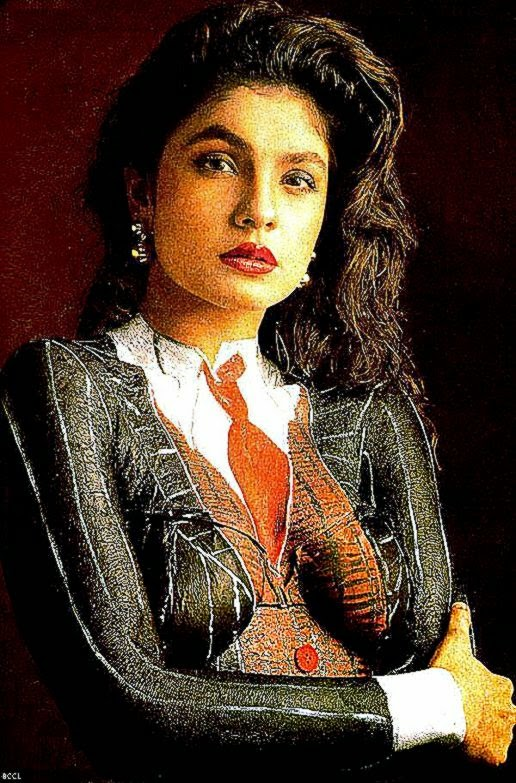 Bollywood star pooja bhatt