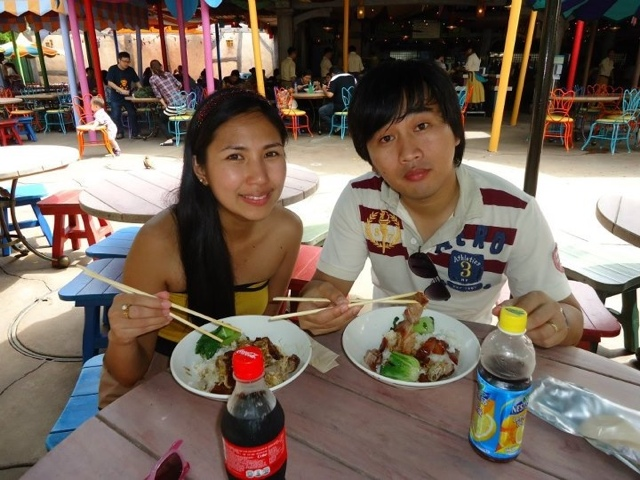 Having lunch at Disneyland Hongkong