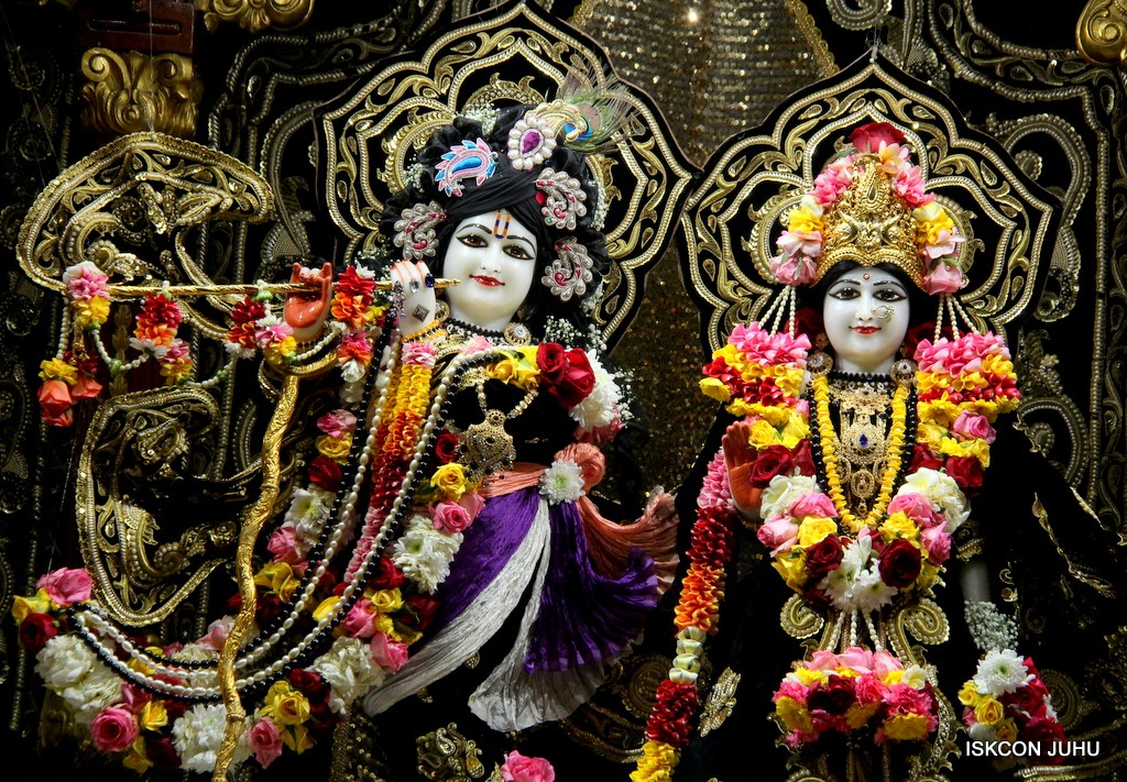 ISKCON Juhu Sringar Deity Darshan 7 Jan 2017  (8)