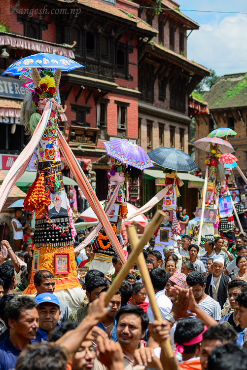 Procession of the chariot in Bhaktapur