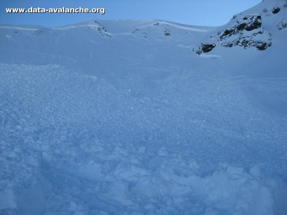 Avalanche Beaufortain, secteur Mont Mirantin, Côte 2000 - Photo 1 - © Manus Ambrose
