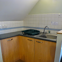 Room 27-kitchen