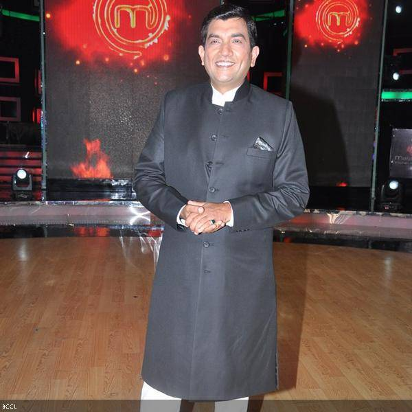 Sanjeev Kapoor seen on the sets of cookery show Master Chef Season 3 during the grand finale, held in Mumbai. (Pic: Viral Bhayani)
