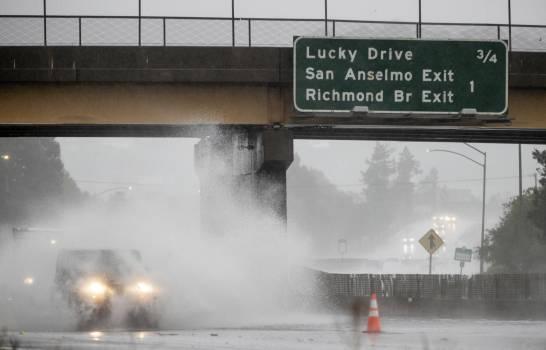 Fuerte tormenta azota el norte de California