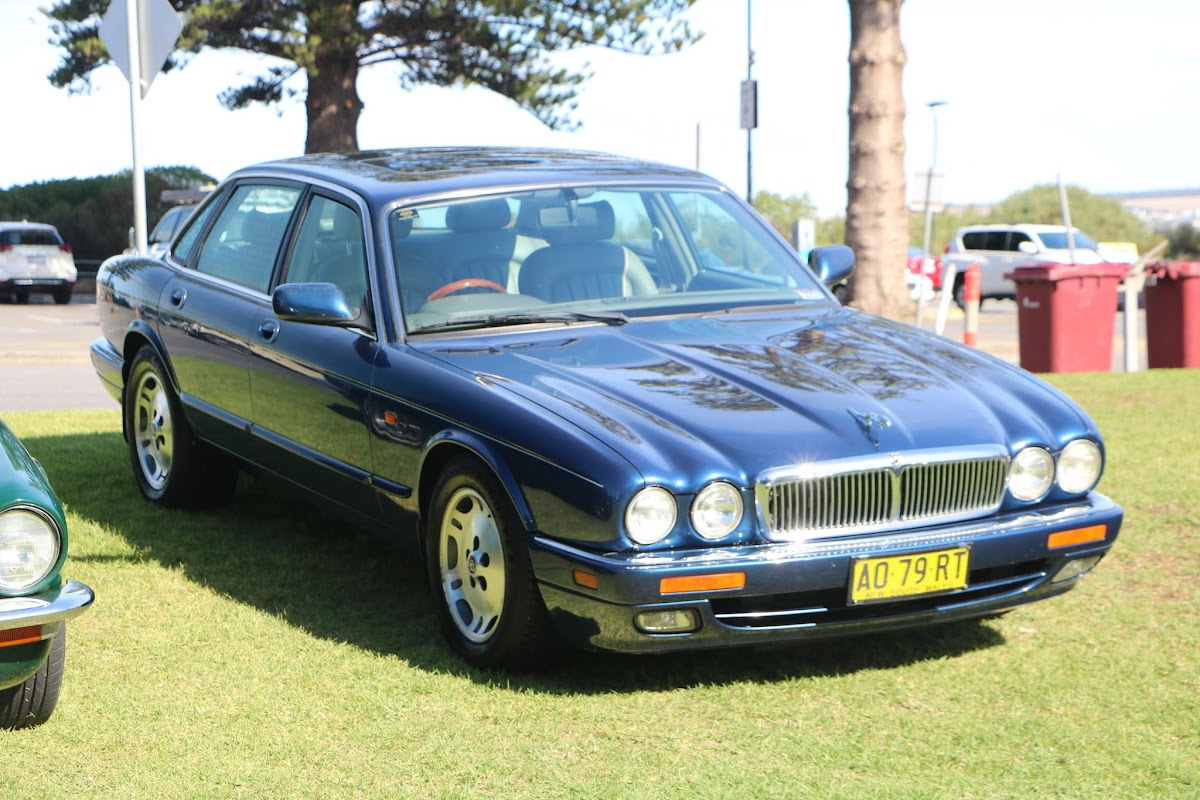 Jaguar XJ6 - British_Classic_Tour_6_May_2018_0214.JPG