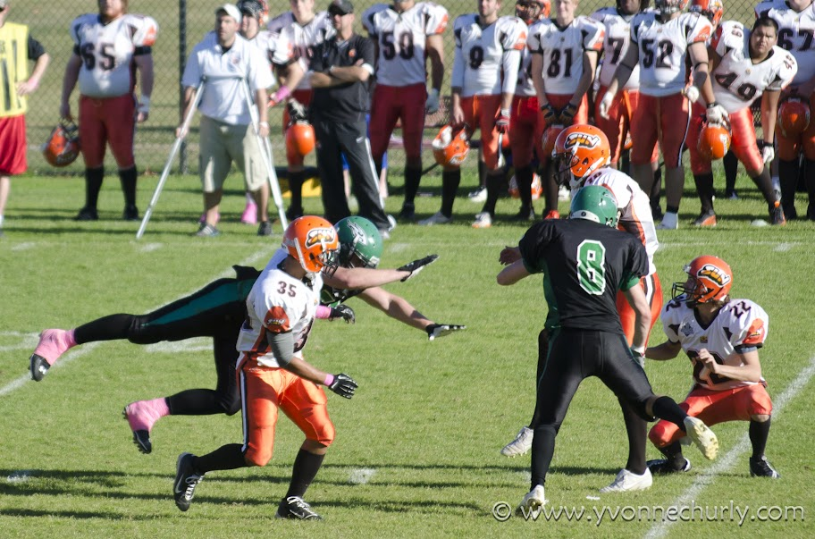 2012 Huskers vs Okanagan Sun - _DSC7597-1.JPG