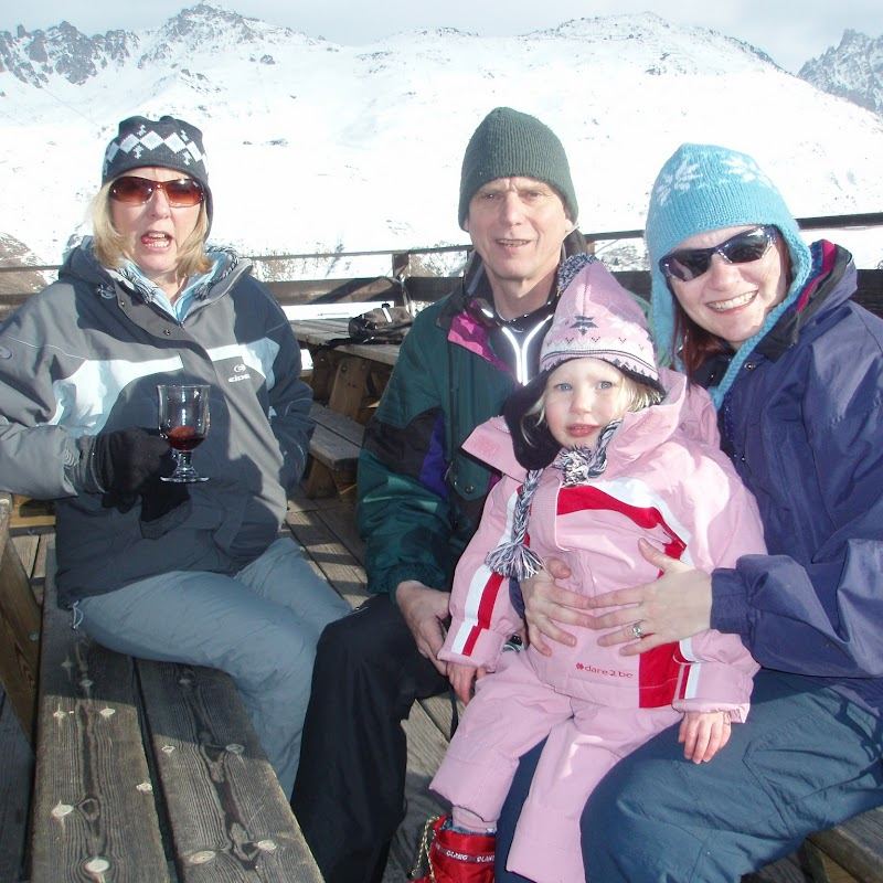 Meribel_23 The Family.jpg